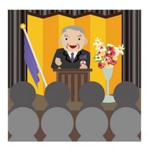 祝辞を送るPTA会長の会長