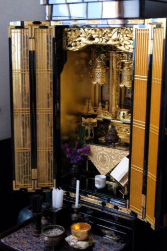 葬儀の間は仏壇を閉じるの?いつまで?曹洞宗で聞いた納得の理由!