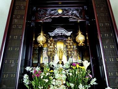 実家の仏壇を移動するには?引っ越し手順と魂抜き魂入れの必要性は?