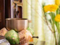 仏壇の花瓶は真鍮でないと駄目?数の決まりは?おすすめ花立サイズは?